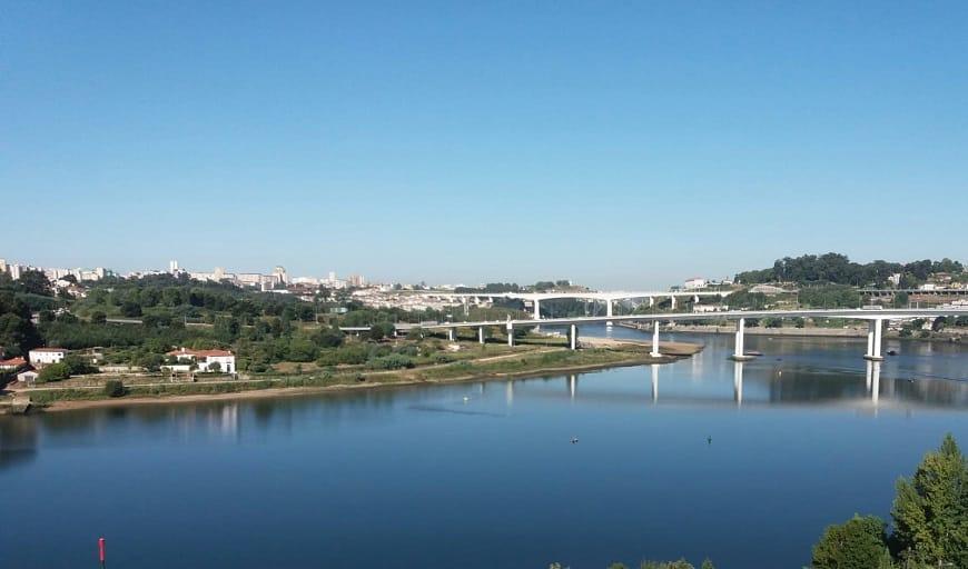גשרים על נהר הדורו