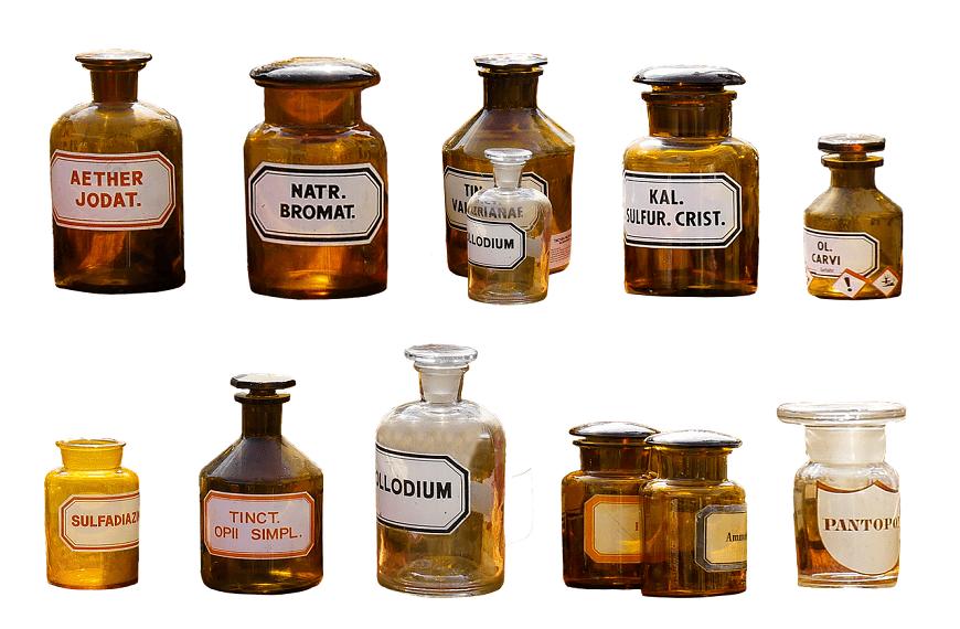 בקבוקונים עם חומרים רפואיים
