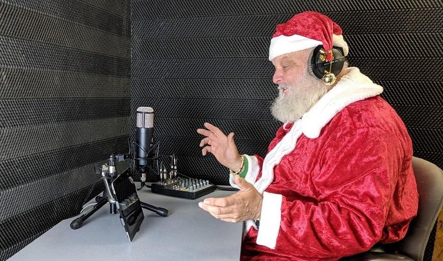 קריין מקריין את סנטה קלאוס